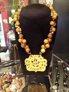 yellow-chinese-neck
